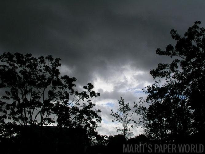 foto-donkerelucht